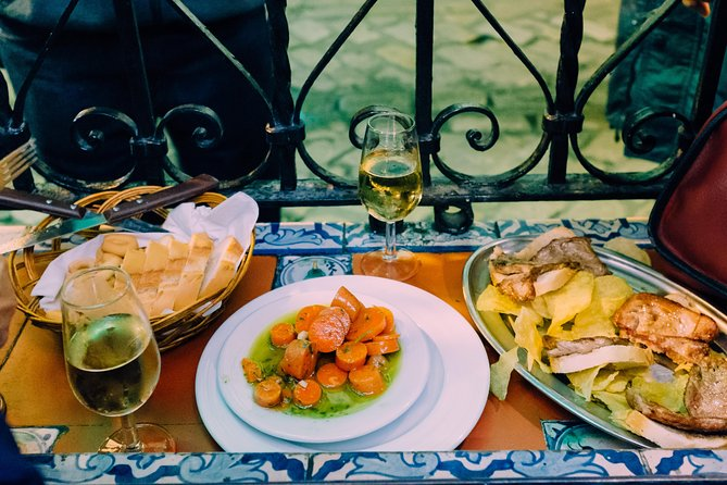 Triana Gourmet Tapas Tour in Seville
