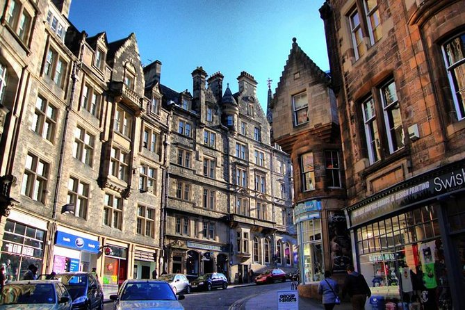 Private Half Day Edinburgh City Tour in a VIP Minibus