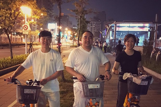 Taipei City Bike Tour with Night Market Experience photo 3