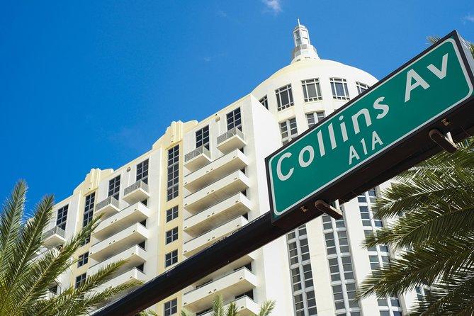 エキスパートがマイアミのアールデコツアーを導きました