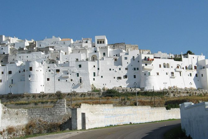 Ostuni private tour: Beautiful old white town