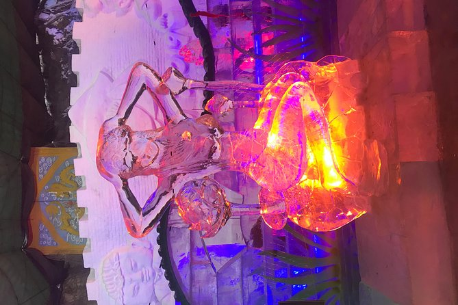 https://media.tacdn.com/media/attractions-splice-spp-674x446/07/05/6c/36.jpg