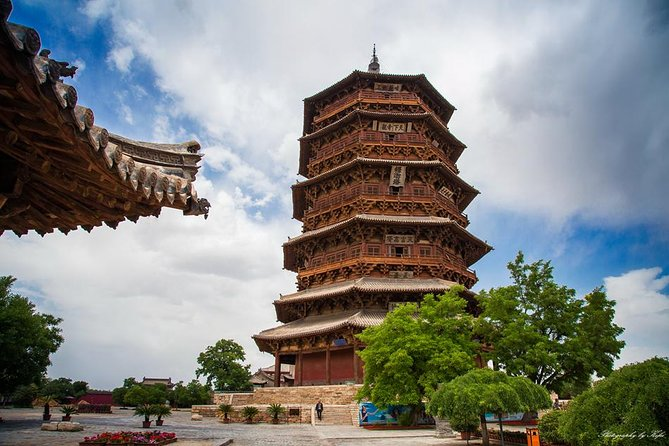 All-Inclusive Private Day Tour to Wooden Pagoda and Hanging Temple from Datong