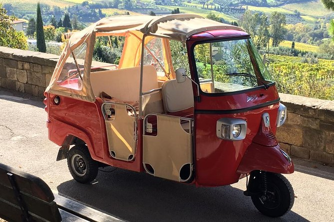 Private Tuscany Tuk Tuk Tour Including Lunch and Wine Tasting