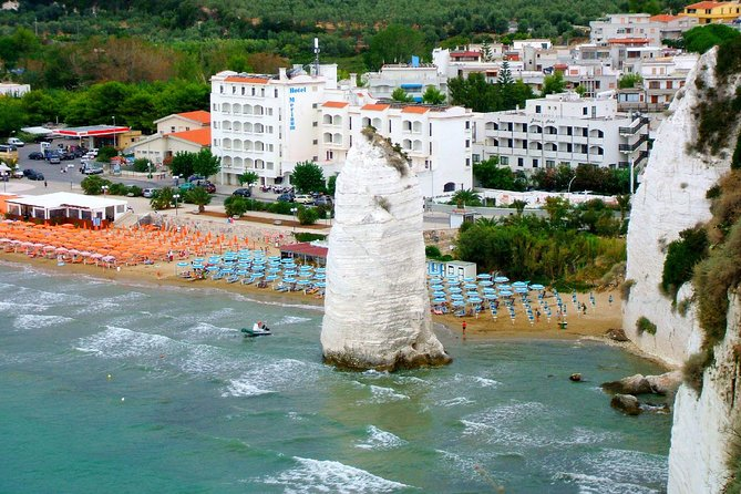 Vieste private guide: beautiful town with small street and lovely scenary
