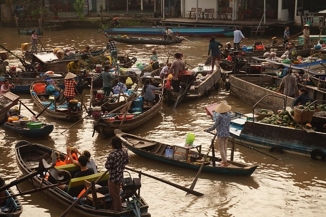 Ho Chi Minh city tour to Mekong Delta in 3 days with Motorbike