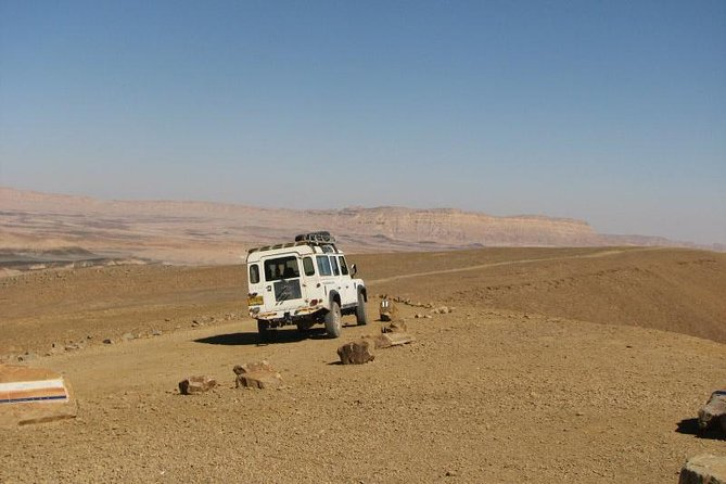 The Ramon Crater and rappelling package tour - an exciting combo tour.
