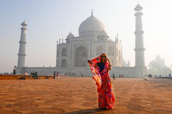 Private Taj Mahal and Fatehpur Sikri Day Tour