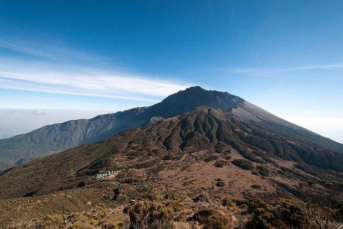3 Days Mount Meru trekking 2 night hotel stay