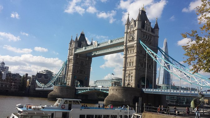 Private Chauffeur Driven London Sightseeing and Shopping Trip photo 8