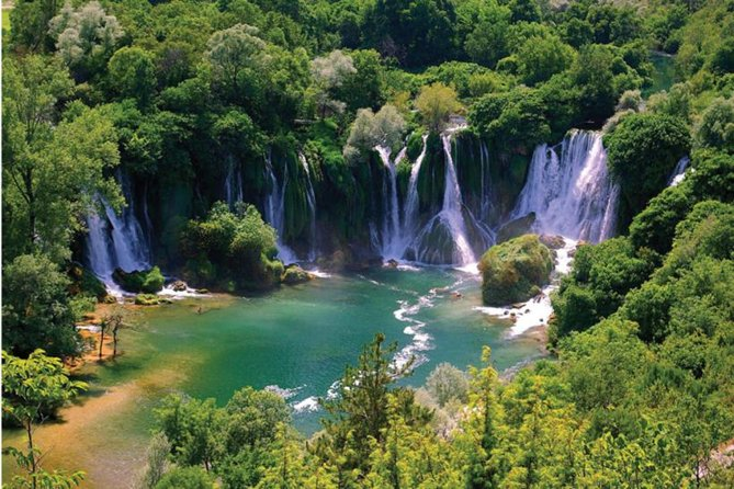 Cruiser Taxi Kravice Waterfalls and Mostar Tour