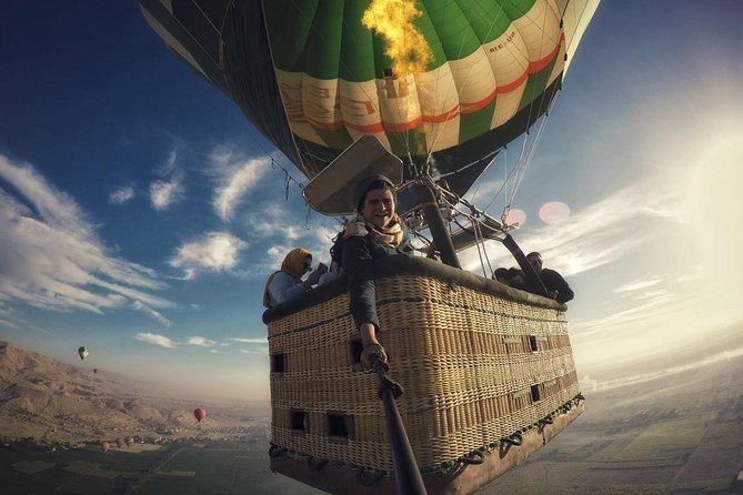 Luxury Hot Air Balloon Ridding in Luxor photo 1