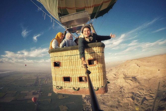 Luxury Hot Air Balloon Ridding in Luxor photo 9