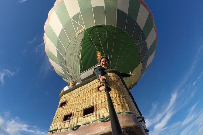 Luxury Hot Air Balloon Ridding in Luxor photo 7