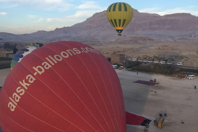 Luxury Hot Air Balloon Ridding in Luxor photo 14