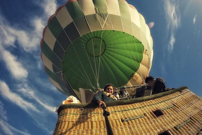 Luxury Hot Air Balloon Ridding in Luxor photo 10