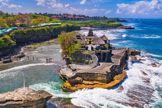 Private Tour: 2-day Bali's iconic sites and attractions