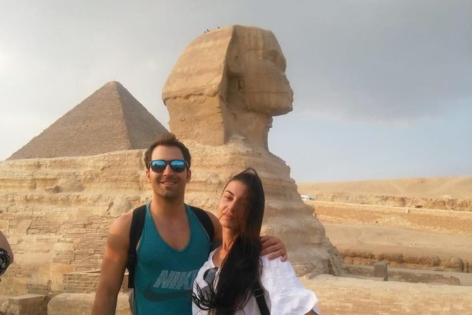 Giza pyramids and sphinx tour from cairo giza hotels