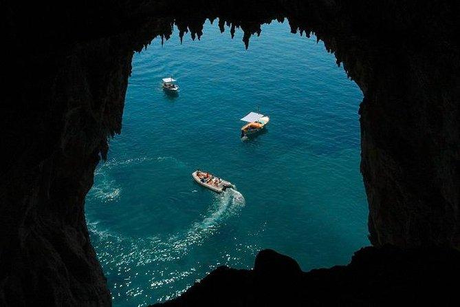Entdecken Sie die Insel Capri mit dem Boot