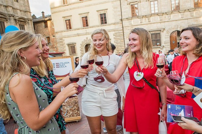 Only for Wine Lovers: Winery Tasting Tour in Montepulciano.