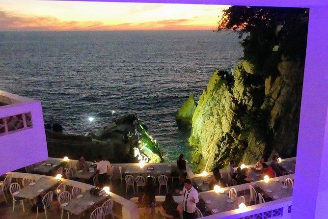 Luxury 3 Course Dinner 2 Drinks at La Perla Restaurant with La Quebrada Divers