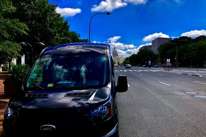 Washington DC City Guided Tour in Private Luxury Vehicle