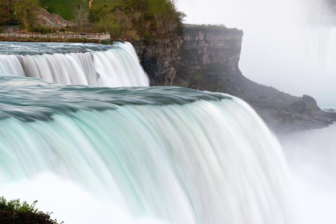 Discovery Niagara Falls American and Canadian Combo Tour & Boat Ride