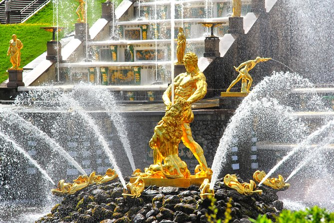 St. Petersburg Private tour to Peterhof Gardens Visa-free Shore excursion