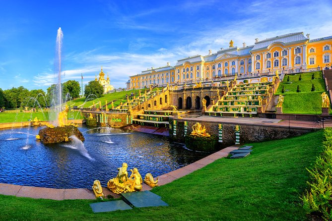 St. Petersburg Peterhof Gardens and Grand Palace Guided tour