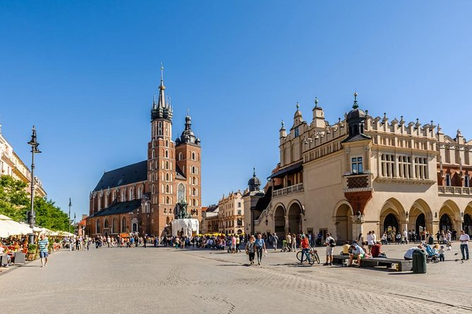 12-day tour around Poland by train