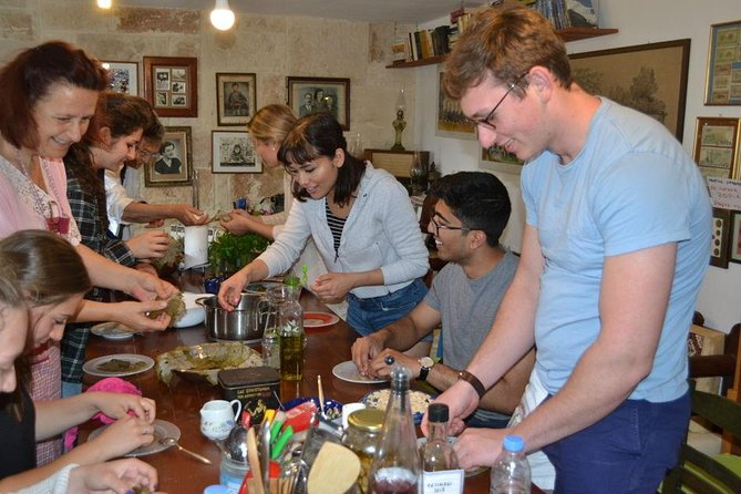 Traditional Cretan cooking class and lunch for private groups