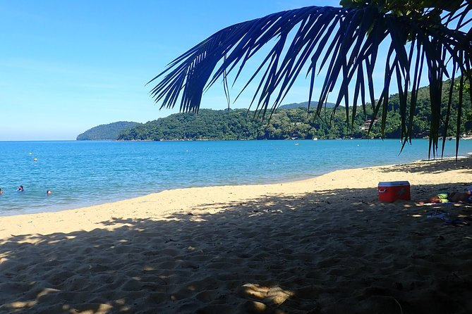 3 hours to paradise! The Essence of Ilha Grande.