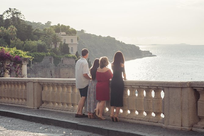 30 Minute Private Vacation Photography Session with Local Photographer in Amalfi Coast photo 10