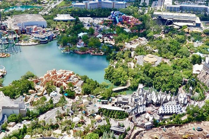 Helicopter Tour over Orlando's Theme Parks photo 9