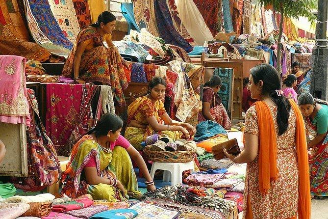 Delhi Flea markets tour with Lunch
