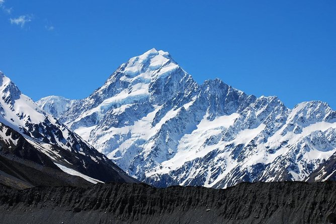 Aoraki-Mt Cook Private Day Tour From Christchurch for 1 to 5 People & RETURN
