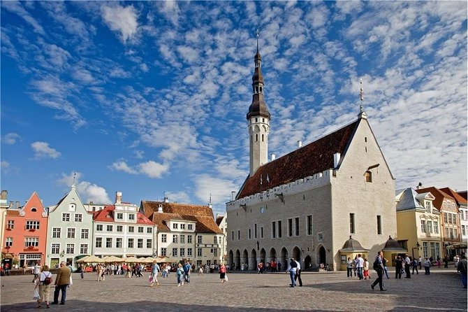 Tallinn Sightseeing Tour by Coach and Foot photo 6
