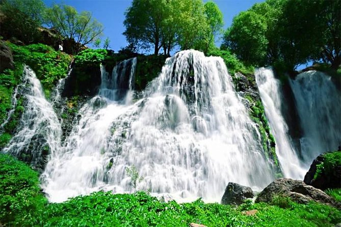 Private tour to Jermuk and Shaki waterfalls