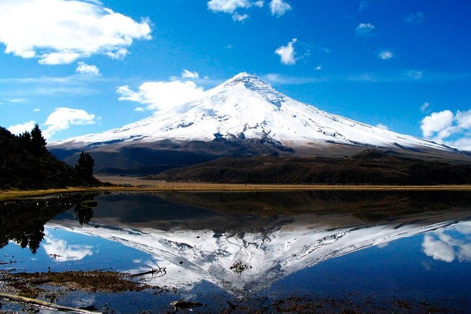 """2-Day Avenue of the Volcanoes and Baños Tour from Quito -""""Small Group"""""""