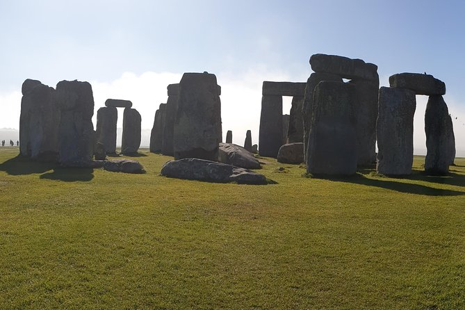 Private guided tours stonehenge