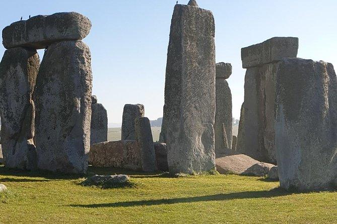 Private Avebury.Stonehenge.Salisbury.