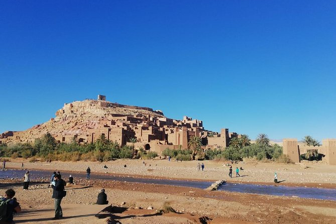 4 days trip from the redcity MARRAKECH to the bluecity CHEFCHAOUEN via desert