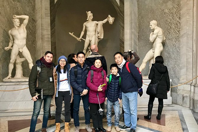Skip-the-line Vatican Tour with Michelangelo' Sistine Chapel & St Peter's Church