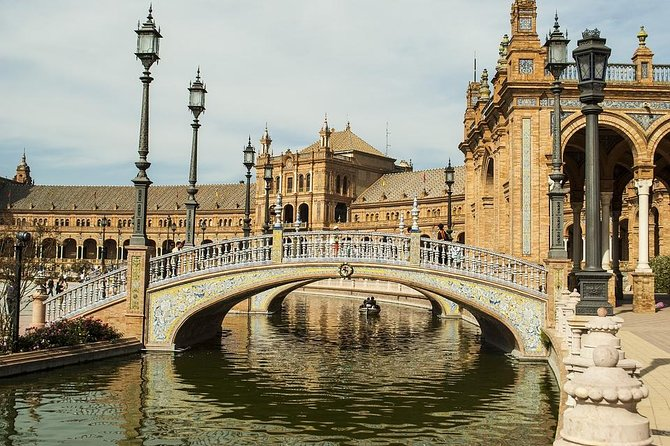 Private 8-hour tour to Seville from Cadiz