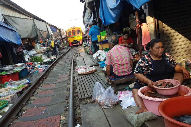 Train Market, Floating market, China town and Flower market (Private trip)