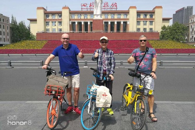 Private Chengdu Half Day Bike Tour