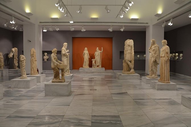 Accessible Heraklion tour to Knossos & Archaeological Museum or Shopping
