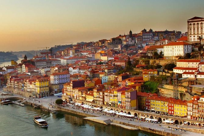 Private Transfer Lisbon To Porto With Stops Along The Way