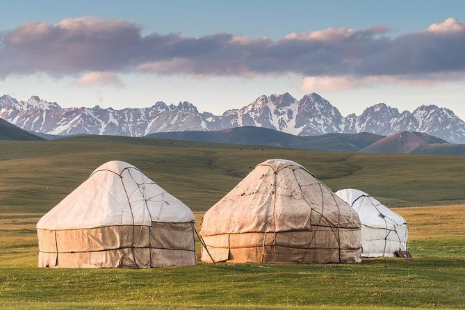Highlights of Kyrgyzstan 10 day photo 1