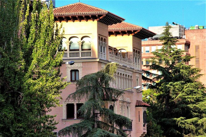 Hidden Corners of Madrid: Private Walking Tour